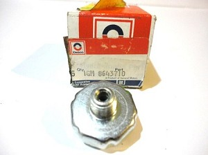 82-92 GM CLUTCH PRESSURE SWITCH NOS