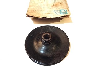 76-81 CHEVY POWER STEERING PUMP PULLEY NOS